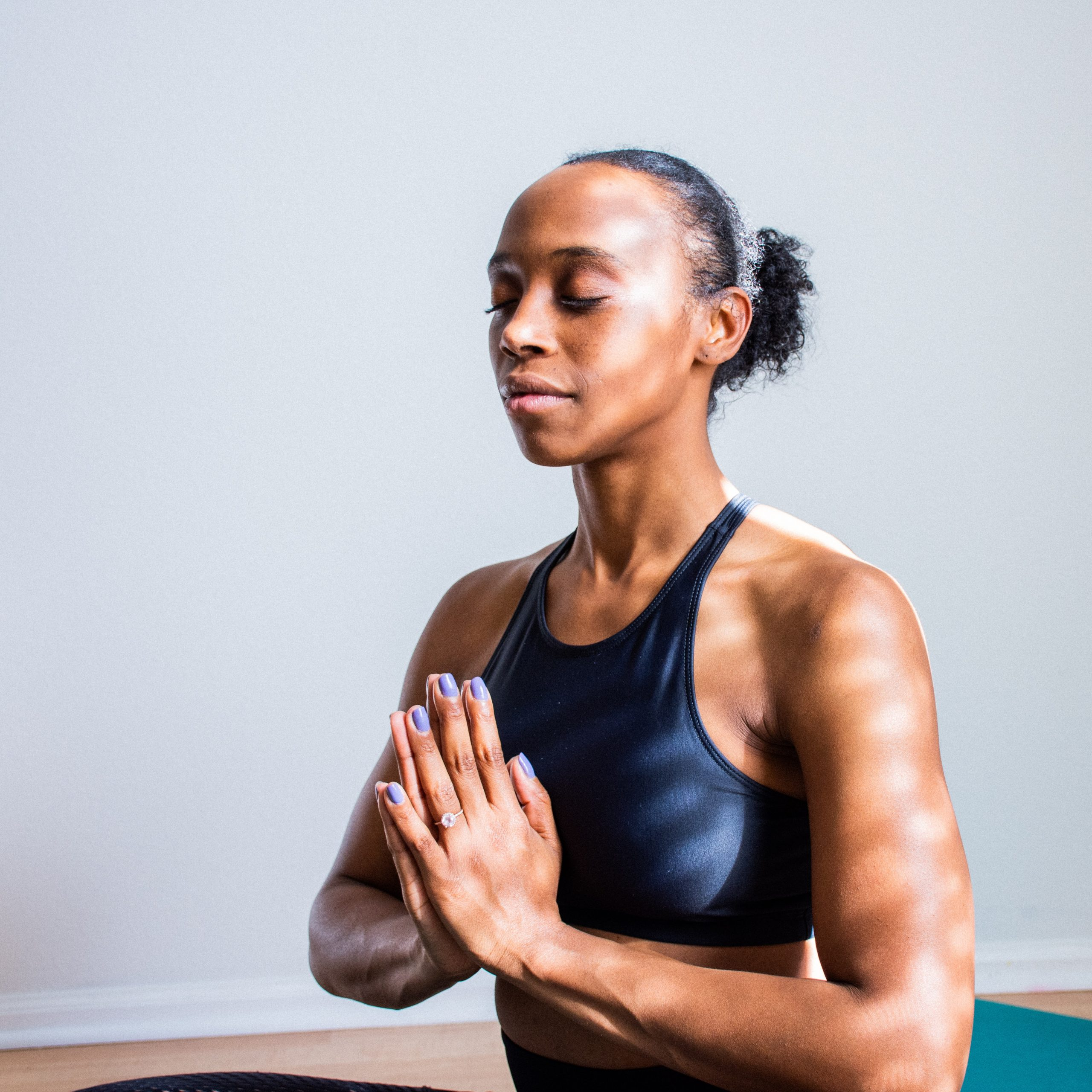 yoga and meditation help soothe anxiety